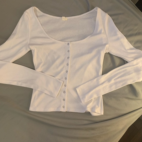 NWOT!! White long sleeve top